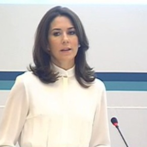 (VIDEO) HRH Crown Princess Mary of Denmark Attends the Opening of a Conference.